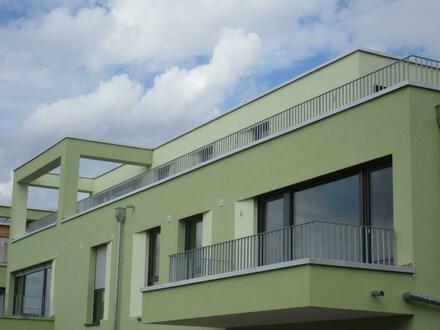 NEUBAU ! Penthouse Wohnung mit großer Dachterrasse im Erstbezug !