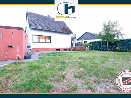 PROVISIONSFREI FÜR KÄUFER - Gut geschnittenes Einfamilienhaus mit Doppelgarage in Dollbergen