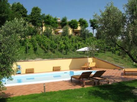 Landhaus in den Marken, Urbino von Privat zu Verkaufen