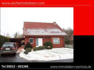 Gepflegtes Einfamilienhaus mit Kamin und überdachter Terrasse