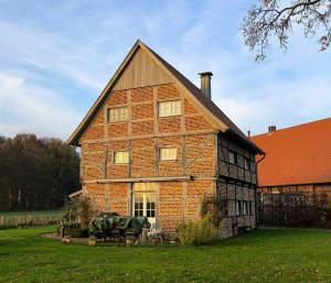 Historischer Fachwerkspeicher in ländlicher Lage von Laer zu vermieten!