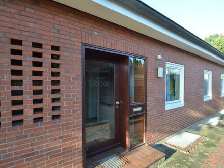 Leer - Geräumiges Wohnhaus mit 1-2 Einheiten oder Gewerbe