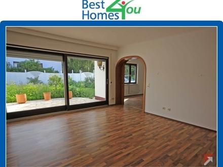 Wohnzimmer-mit-Balkon