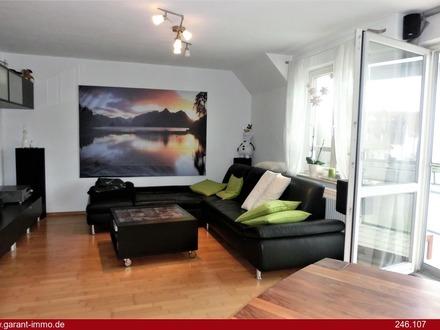 Gepflegte 2 Zimmer-Maisonette-Wohnung mit neuwertiger EBK und TG-Stellplatz