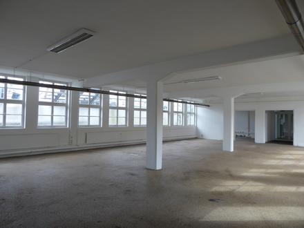 Ansprechende und günstige Gewerbefläche- für Atelier, Kampfkunstsport, Büro, Dienstleister uvm.!!