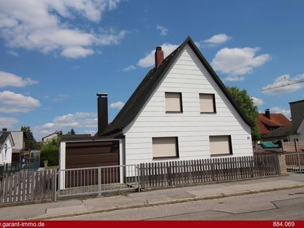 *Grundstück mit Altbestand - Kleines Wohnhaus in zentraler, ruhiger Stadtlage, geringe Abrisskosten*