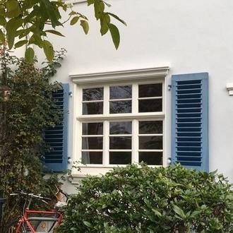 Schwachhausen: Ein halbes Bremer Haus mit Garten