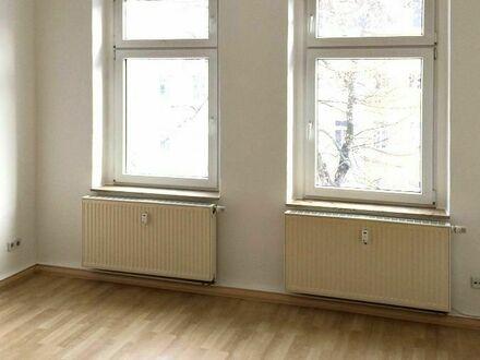 Gemütliche 3 Raumwohnung mit Balkon und Einbauküche im Musikerviertel!