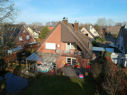 Ein-/Zweifamilienhaus mit ca. 220 m² Wfl. und 800 m² Grundstück in Emsdetten mit Doppelgarage