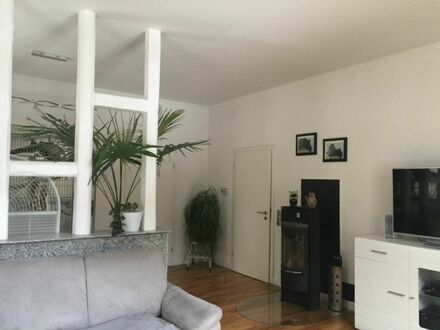 5,5 ZKB-Maisonette, top Zustand, Balkon, Kamin, Garten, EBK, Garage. Ideal für Familien!