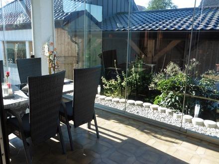 Hochwertiges Haus mit Photovoltaikanlage (TOP Vertrag) - Einliegerwohnung - Dachgeschoss ausgebaut -