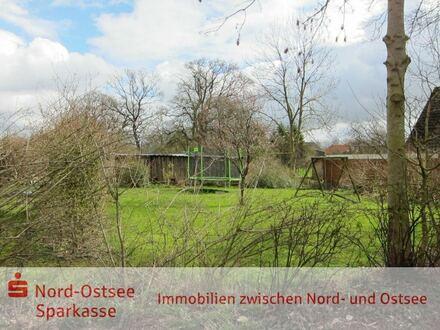 Teilerschlossene Baulücke im Ortskern von Wittbek nahe Ostenfeld