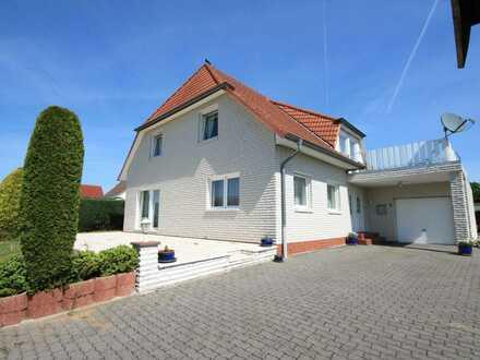 Modernes Einfamilienhaus mit viel Platz in ruhiger Ortsrandlage!