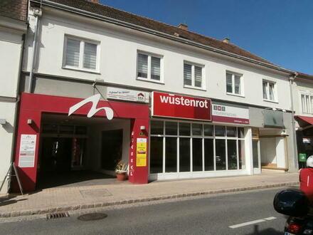 Mistelbach ZENTRUM: Geschäftslokal-Straßenfront-M-Passage
