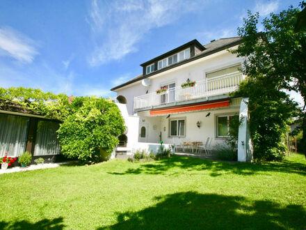 St. Jakob im Rosental: Großzügiges Wohnhaus mit herrlichem Garten, Hallenbad und Büro-/ Ordinationsräumlichkeiten