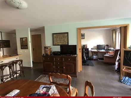 Moderne, gepflegte 4 Zimmer-Maisonette-Wohnung