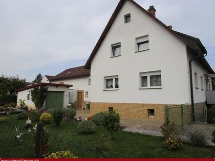 *** Kuschlige Doppelhaushälfte mit großem Grundstück in bevorzugter Lage ***