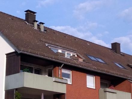 Springe Kernstadt: moderne 4-Z-Dachgeschoss-Wohnung