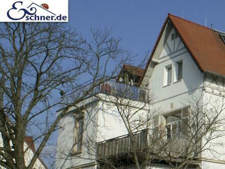 * Penthouse: Stilvoll wohnen mit großer Dachterrasse und Sauna in historischem Stilaltbau