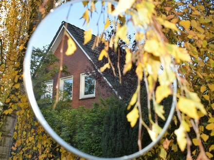 Objekt Nr. 19/804 Einfamilienhaus mit Baumbestand in Strücklingen