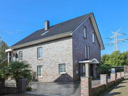 TT bietet an: Ein- bis Dreifamilienhaus mit moderner Architektur in Wilhelmshaven-Rüstersiel!