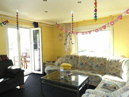 1 8 9. 0 0 0,- für 4 Zimmer 8 3 qm + SONNEN- BALKON im Terrassenformat + Gartennutzung + Garage
