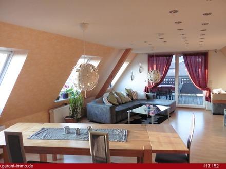 Großzügige Maisonette-Wohnung mit überdachtem Balkon