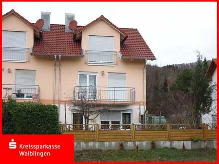 Doppelhaushälfte in Topzustand in guter Lage in Rudersberg