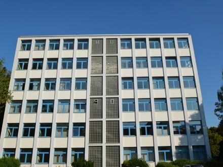 Helle Büroräumlichkeiten mit großzügiger Aufteilung in Bremen-Vegesack