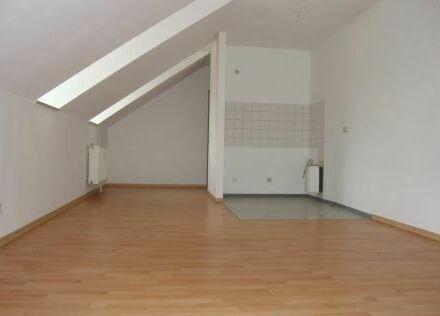+++ 2-Zimmer-Wohnung im Dachgeschoss +++