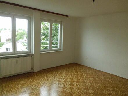 Ruhige, helle 3 Zimmer Wohnung am Andräviertel