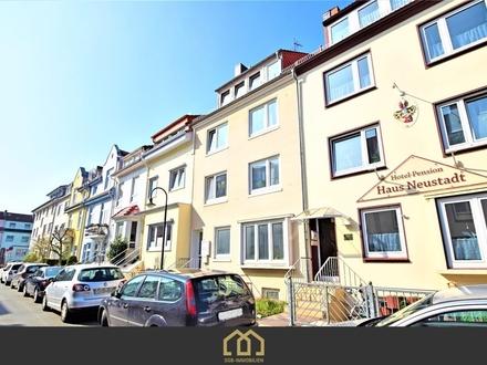 Kapitalanlage: Neustadt / Lichtdurchflutete 3-Zimmer- Wohnung mit großem Balkon