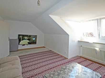 Gut vermietete, gepflegte und lichtdurchflutete 2-Zi-Dachgeschoss-Wohnung in Obergiesing