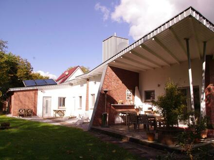Werne-Langern, 4 Zi.Whg. in einem Bungalow, 140 m², ruh. Waldrandlage, Garten 1.100m² mit Gart.hütte, Sackgasse, uneins…