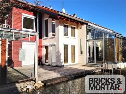 Exklusives Holzhaus mit Schwimmteich und Einliegerwohnung am Rottachspeicher
