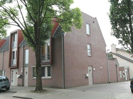 Maisonette-Wohnung mit Dachterrasse & Carport