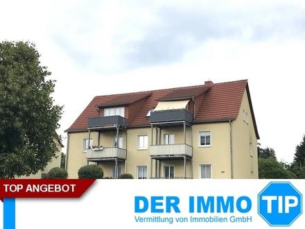 Hereinspaziert in die sonnige 2 Zimmerwohnung mit Balkon, EBK und Stellplatz