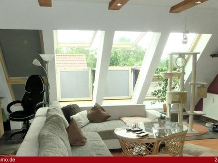 Helle, gepflegte 3 bis 4 Zimmer-Dachgeschoss-Wohnung