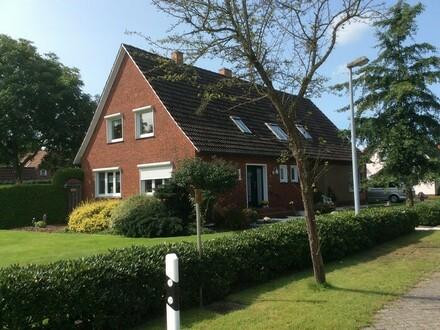 Gepflegtes Ein-/Zweifamilienhaus mit Garagen in Westoverledingen OT. Steenfelde