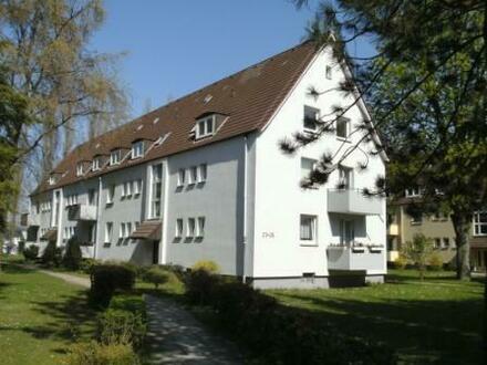 Helle 2-Zimmer-Wohnung mit Blick ins Grüne!