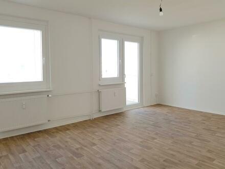 Keine Lust auf 08/15-Wohnung? 3 Zimmer mit großem Wohnzimmer und geräumiger Küche