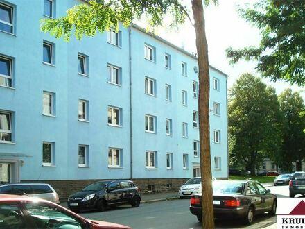 1. Monat mietfrei! Die perfekte Wohnung für Singles! Neu renoviert mit EBK und Balkon
