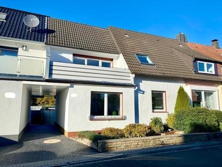 Großzügig renovierte Doppelhaushälfte mit Einliegerwohnung in OS/Hellern!