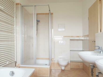 Offene Küche und Wohnbereich in toller 3-Raum-Wohnung