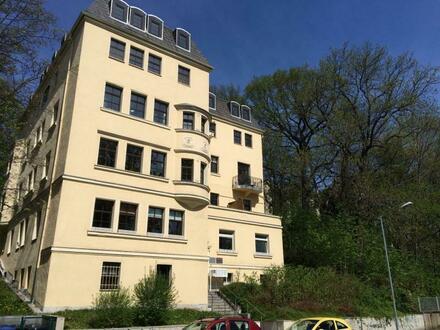 Kleine gemütliche 2 Raum Wohnung mit Balkon am schönen Schlossteich