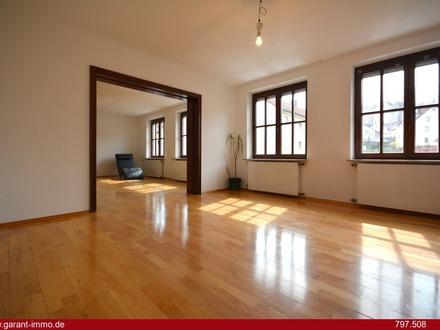 * Penthouse-Feeling pur - Wohnen wie im eigenen Haus! *