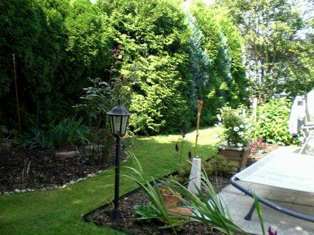 Ansprechende großzügige Wohnung mit Sonnenterrasse und eigenem Gartenanteil **RESERVIERT**