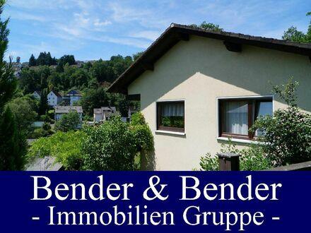 Zweigeschossiges Einfamilienhaus in bevorzugter Höhenlage mit Fernblick...
