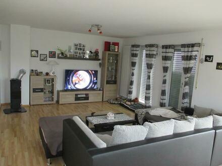 Letzte Chance!!! Einfamilienhaus mit Einliegerwohnung in Neualbenreuth