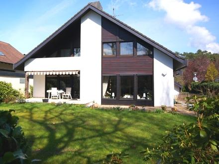 Exklusives Einfamilienhaus mit viel Platz direkt am Naturschutzgebiet